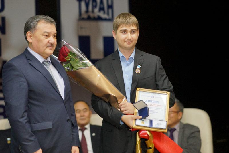 Тулешов А.К. и Бопеев Т.М.